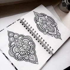 Henna Mandala, Mandala Tattoo Design, Mandala Art, Tattoo Designs, Halloween Spells, Zentangle, Mehndi Tattoo, Instagram Highlight Icons, Back Tattoo
