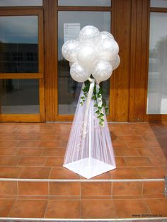 Hochzeitsdeko Avril and Megel wedding decorations Buying The Engagement Ring The most widespread of Wedding Balloon Decorations, Wedding Balloons, Birthday Party Decorations, Wedding Centerpieces, Wedding Table, Wedding Reception, Wedding Ideas, Balloon Arch, Balloon Ideas