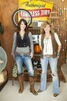 'Junk Gypsies' Stars on Miranda Lambert, Dumpster Diving and the Open Road | Story | Wonderwall