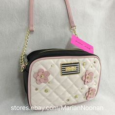 New Betsey Johnson Crossbody in Bloom Camera Purse Bone Blush Pink Black   eBay