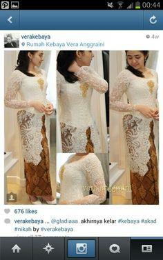 Kebaya Vera Kebaya, Kebaya Dress, Batik Kebaya, Kebaya Wedding, Wedding Gowns, Wedding Outfits, Kebaya Jawa, Kebaya Brokat, Hijab Bride