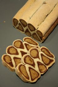 BAB gluténmentes blogja: Leopárd kalács Bread Recipes, Dessert Recipes, Shapes, Cookies, Food, Bakken, Crack Crackers, Biscuits, Desert Recipes