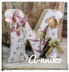 Decoupage Letters, Painting Wooden Letters, Decoupage Paper, Wood Letters, Wooden Projects, Mosaic Projects, Letter A Crafts, Letter Art, Baby Crafts