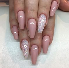 pink nails with glitter accent / Nails Fabulous Nails, Gorgeous Nails, Pretty Nails, Cute Acrylic Nails, Gel Nails, Acrylic Nails Coffin Ballerinas, Nexgen Nails Colors, Acrylic Nails Coffin Short, Pink Acrylics