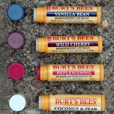 Nuestra colección de bálsamos labiales BURT´S BEES son naturalmente formulados para hidratar y nutrir por más tiempo tus labios.