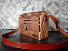 Types Of Purses, Types Of Handbags, Leather Purses, Leather Handbags, Leather Bag, Wooden Toy Cars, Wooden Purse, Insulated Lunch Bags, Work Bags