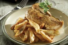 Amateur Cook Professional Eater - Greek recipes cooked again and again: Oregano and lemon chicken in the pot Greek Style Chicken, Food Categories, Lemon Chicken, Greek Recipes, How To Cook Chicken, Chicken Wings, Food And Drink, Easy Meals, Pork