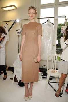 www.Fashion-with-Style.com | Backstage Valentino Haute Couture Fall 2013  #valentino #backstage #hautecouture #model #fall2013