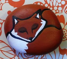 Painted Rock with sleeping red fox - motif. I think I need to make one. :D