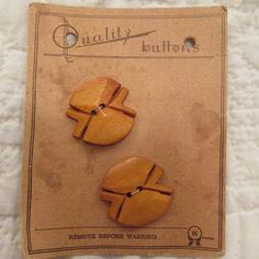 Vintage Wood buttons on card 2 Large buttons by rarefinds4u, $11.50