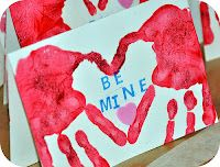 Valentine Hand Print @ http://theworstestmommy.blogspot.com/2012/02/valentines-for-grandparents.html