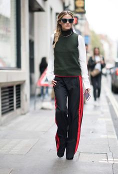 cool Street Style : London Fashion Week Street Style Spring 2017: See All the Best Looks | StyleCast... Check more at http://trends.flashmode.tn/femme/look/street-style/street-style-london-fashion-week-street-style-spring-2017-see-all-the-best-looks-stylecast/