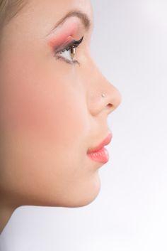 NASENKORREKTUREN DR.NEUROTH - jugendliches Gesichtsprofil - zierliche Nase