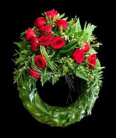 Flower Wreath Funeral, Funeral Flowers, Casket Sprays, Funeral Flower Arrangements, Bouquet, Sympathy Flowers, Flowering Vines, Arte Floral, Red Flowers