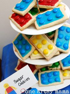 FavorCouture:Lego birthday party! I could do colored cookies instead of icing.
