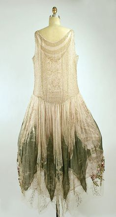 Court presentation ensemble Boué Soeurs (French) Date: 1928 Culture: French Medium: silk, metallic threads Dimensions: [no dimensions available]