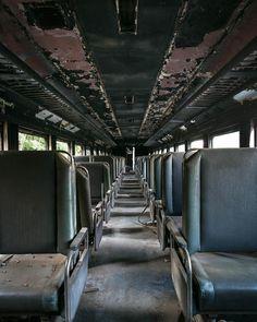 全米の廃墟を巡り、今そこにある退廃的美しさを記録した、素晴らしい廃墟写真 : カラパイア