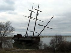 Abandoned Ship near Hamilton, Ontario