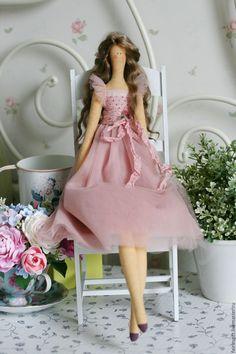 Купить Текстильная кукла Жизель - брусничный, тильда, кукла Тильда, кукла ручной работы