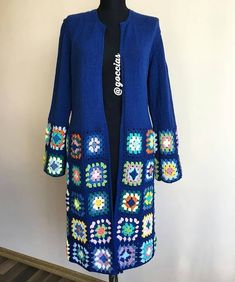 🌸REKLAM İÇİN DM 🌸 ( her_telden_orguler ) - emeğe karşı beğeni ve yorumlarınızı eksik etmeyin lütfen 🙈🙈 photo:@crochet_atolyesi_videos . diğer sayfalarım 👉@dekor.avm 👉@kesfet_zirve . . . Crochet Square Patterns, Crochet Cardigan Pattern, Crochet Jacket, Crochet Motif, Crochet Designs, Knit Crochet, Instagram Lifestyle, Pink Summer, Sweater Design