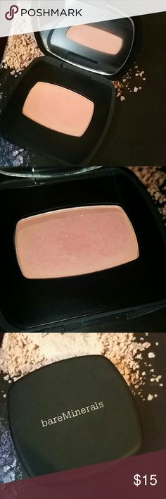 bareMinerals READY blush. - The One Lightly swatched. Shade- The One bareMinerals READY??Blush enhances cheeks with alluring, stay-true buildable color. Powered by our proprietary SeaNutritive MineralTM?Complex with antioxidants and cold-pressed camellia oil, this silky long-wearing formula delivers softer, smoother skin. Solid mineral color lasts for up to 8 hours. Thank you! bareMinerals Makeup Blush