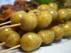 Grillad potatis på spett Cooking Recipes, Healthy Recipes, Healthy Food, Something Sweet, Nutella, Cravings, Side Dishes, Food And Drink, Potatoes