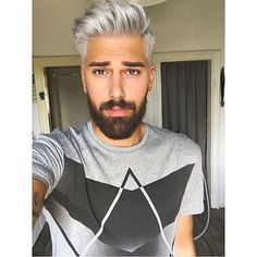 We've gathered our favorite ideas for Pin By Blacks Lee On Men Grey Hair In 2019 Silver Hair, Explore our list of popular images of Pin By Blacks Lee On Men Grey Hair In 2019 Silver Hair in man silver hair dye. Silver Hair Men, Men With Grey Hair, Cool Hairstyles For Men, Haircuts For Men, Men's Hairstyles, Mens Hair Colour, Hair Color, Hair And Beard Styles, Hair Styles