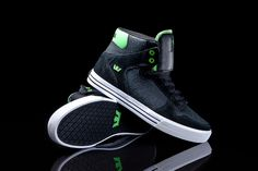 Black Crackled Leather Vaider with Lime hits.