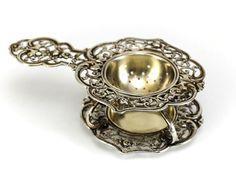 2pc German .800 Silver Tea Strainer & Base, c1900 Pierced & Raised Floral Design
