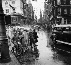 Niemand wist Amsterdam en haar Amsterdammers mooier vast te leggen dan Van Der Elsken.