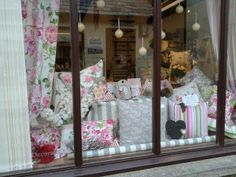Spring is here! A beautiful new Easter display by Finishing Touches featuring our Blossom collection fabrics in colourway Peony.   See more from our Blossom collection online… www.prestigious.co.uk/collections/blossom