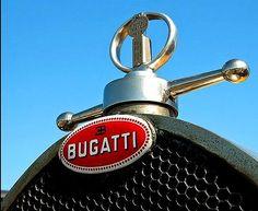 Une marque française fondée en France en 1909 par Ettore…  #2017 #supercar