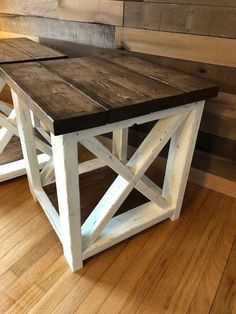 Insanely cool diy projects for the home 16 Farmhouse End Tables, Rustic End Tables, Diy End Tables, Farmhouse Furniture, Rustic Furniture, Repurposed Furniture, Furniture Vintage, Large Furniture, Pallet Furniture
