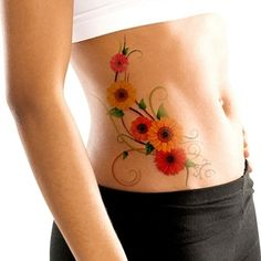 To give the flower a more natural flow on the body, there are daisy designs that have individual flowers joint by intricate lines.