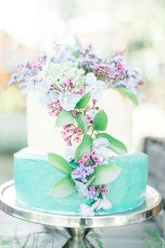 Colorful turquoise and lilac wedding cake: http://www.stylemepretty.com/destination-weddings/2015/11/24/intimate-romantic-south-african-wedding/ | Photography: Louise Vorster - http://www.louisevorsterphotography.co.za/: