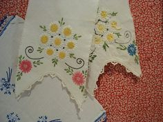 Pretty Vintage Needlework Embroidery Hand Embroidery by GoodAndOld, $7.00