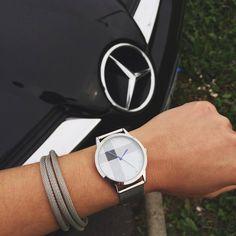 Cette petite beauté vient d'arriver sur IDMonde.com ! #montre #bracelet #bijou #mode #mercedes