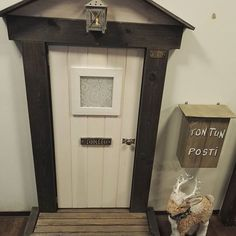 Meille muutti tonttu!  #tonttuovi Fairy Garden Houses, Fairy Gardens, Elf Door, Elves, Home And Garden, Doors, Hobby, Cool Stuff, Christmas Ideas