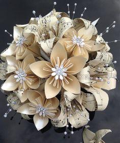 2678 best PAPER FLOWERS images on Pinterest in 2018 | DIY Flowers ...