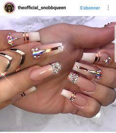 Unhas Artísticas, Unhas Decoradas, Unhas Com Pedras E Adesivos De Unhas Glam Nails, Dope Nails, Bling Nails, Stiletto Nails, Beauty Nails, Coffin Nails, Bling Nail Art, Hair Beauty, Mauve Nails
