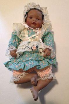 NIB Vintage Ashton Drake Galleries Porcelain Doll #92031 DANIELLE Yolanda Bello