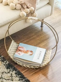 CASULO ⋒ Wall Art & Goods - Dreamy Macrame Magazine Rack