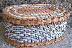 Поделка изделие Плетение Плетем  Бумага газетная Картон Трубочки бумажные фото 1