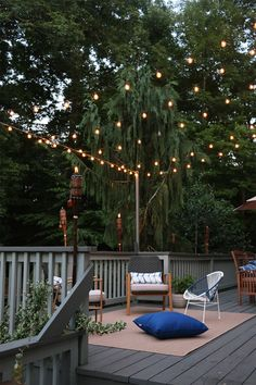 How We Hung Our Back Deck String Lights for Bistro-Style Ambiance — root + dwell Backyard String Lights, Solar Deck Lights, Outdoor Deck Lighting, Landscape Lighting, Bistro Lights, Pergola Garden, Balcony Garden, Backyard Landscaping, Deck Decorating