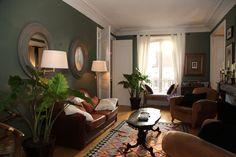 【パリのインテリア】壁の色でこんなに変わる。お気に入りに囲まれた落ち着く空間   cafeglobe
