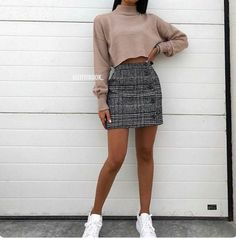 Pin by 🌻 bear jorge 🌻 on appearel in 2019 outfit stile, outfit ideen, läs Cute Skirt Outfits, Cute Winter Outfits, Cute Skirts, Winter Skirt Outfit, Autumn Outfits, Mini Skirts, Outfit With Skirt, Winter Outfits 2019, Tight Skirts
