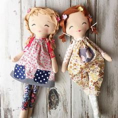 Two Peas in a Pod ❤#handmadedolls #clothdolls #spuncandydolls #shopisopen #availablenow #littlewanderers