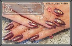 Gearbeitet mit folgenden Produkten von Graffdesign - shoppen auch ohne Gewerbeschein möglich :-) Glitter Goldie Violett  #nailart #uvgel #nageldesign #naildesign #schönenägel #lovelynails #Graffdesign #nagelkunst #fullcover #fullcovernails