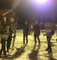 Avslutning på en skikurs-kveld. En dag ingen trodde det var skiføre i Marka ennå.
