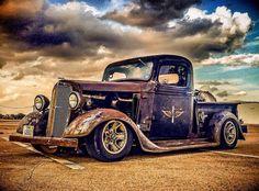 Hot Rod Trucks, Gm Trucks, Cool Trucks, Pickup Trucks, Hot Rod Pickup, Old Pickup, Classic Chevy Trucks, Classic Cars, Dodge